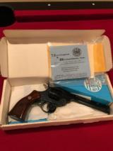 Harrington & Richardson Model 999 .22- New in Box - 4 of 4