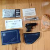 SMITH & WESSON M-61 POCKET ESCORT 22 LR. BLUE, NEW IN BOX
