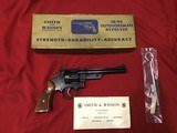 "SMITH & WESSON OUTDOOSMAN 38/44, 6 1/2"" APPEARS UNFIRED, NEW COND. COMES WITH OWNERS MANUAL, CLEANING KIT & OIL PAPER IN THE GOLD BOX - 1 of 5"