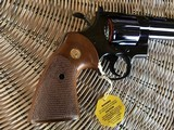 """COLT PYTHON 38 SPC. CAL. TARGET 8"""" ROYAL BLUE, MFG. 1980, NEW UNFIRED 100% COND. NO CYLINDER TURN LINE. IN THE BOX - 2 of 6"""
