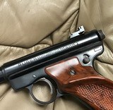 """RUGER MARK I, TARGET, 22 LR. 6 7/8"""" BARREL, 99+% COND. COMES WITH 2 SETS OF GRIPS, APPEARS UNFIRED, IN THE BOX - 5 of 7"""