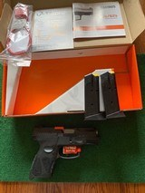 TAURUS G2C, 9MM, NEW UNFIRED, 100% COND. INTHE BOX - 1 of 4