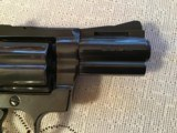 """COLT DIAMONDBACK 38 SPC., 2 1/2"""" BLUE, APPEARS UNFIRED, 100% COND. IN THE BOX WITH OWNERS MANUAL HANG TAG, ETC. - 4 of 6"""