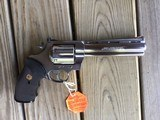 """COLT ANACONDA 44 MAGNUM, 6"""" STAINLESS NEW UNFIRED, UNTURNED, 100% COND. MFG. IN THE EARLY 1990'S, IN THE COLT PICTURE BOX - 2 of 9"""