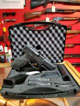 Heckler & Koch H&K VP40 LE 40SW NS