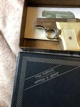 Smith &Wesson model 61 22 escort/box - 8 of 9