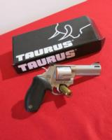 TAURUS TRACKER 44 MAG BEAR GUN