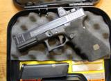 Salient Arms (Tier 2) Glock 17 9mm with RMR06 with Hard Case - 2 of 25