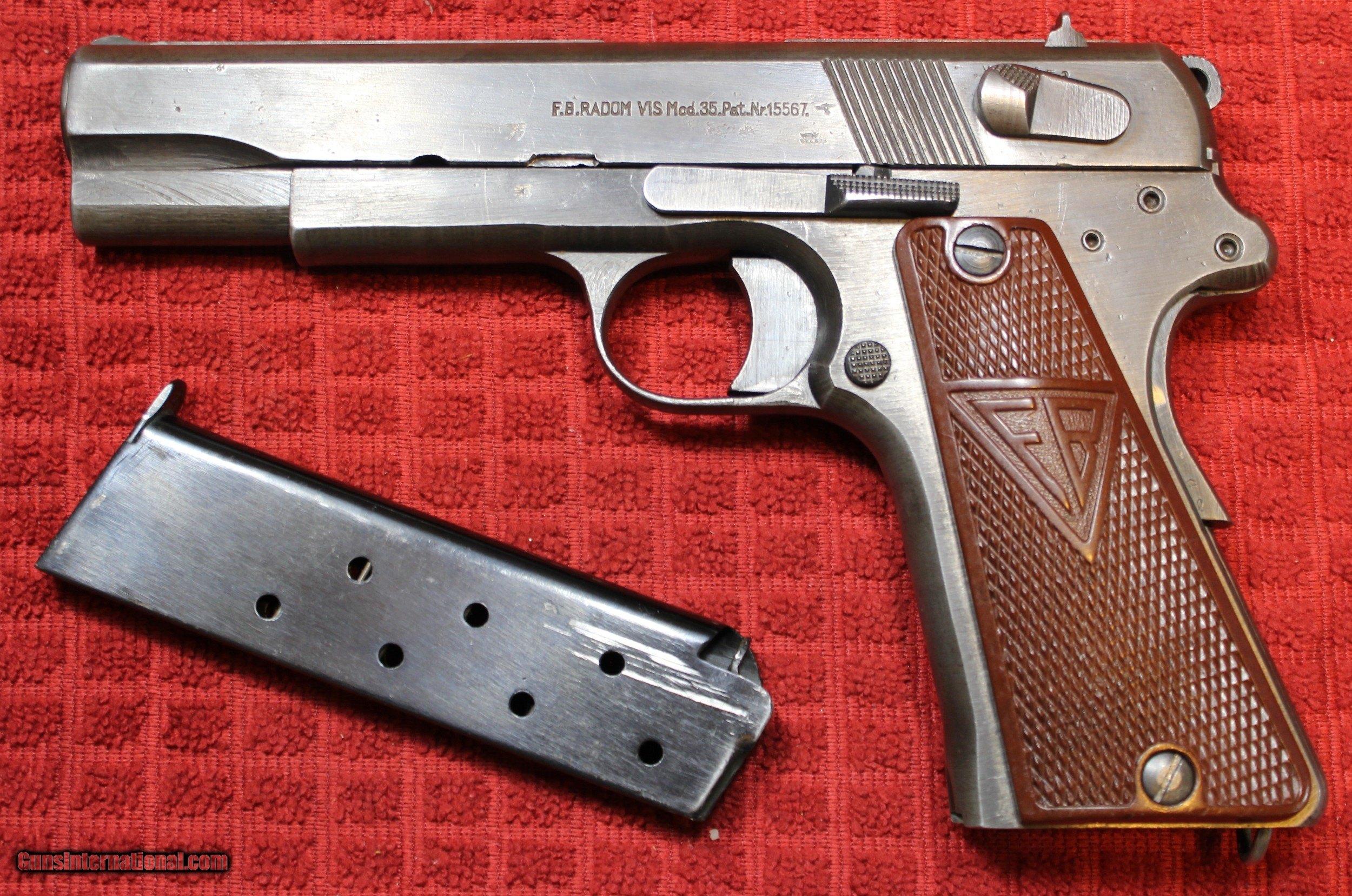 Polish Radom Mod-35 (Nazi) Mod 35 9mm semi-pistol with one