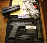 """Heckler & Koch VP-9 LE 9mm Luger Semi Auto Pistol 4.09"""" Barrel with 3 20 round Magazines."""