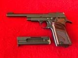 unique model d .22 lr target pistol