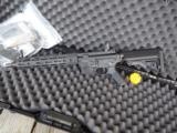 Knights Armament SR-15 E3 MOD 2 CQB MLOK New in Box!