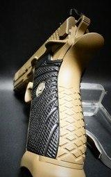 """Wilson Combat EDC X9 9mmFlat DarkEarth 4"""" BBL NIB 10% OFF - 4 of 6"""