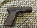 "Glock Model 22 Gen 3 4.5"" 15 Shot .40 S&W"