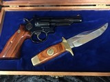 Smith & Wesson 19-3 Texas Ranger Commemorative Set with Matching Knife - 4 of 8