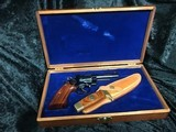 Smith & Wesson 19-3 Texas Ranger Commemorative Set with Matching Knife - 2 of 8