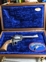 "Ruger Super Blackhawk ""Safari Series"" - 3 of 11"