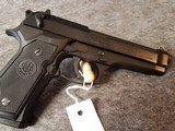 Beretta 92FS Made in Italy New In Box 4-15rd mags - 6 of 9