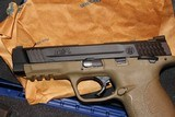 """SMITH AND WESSON M&P 45ACP 4.5"""" BI TONE FDE FACTORY BLACK SLIDE NEW COMPLETE PACKAGE,,,, - 3 of 17"""
