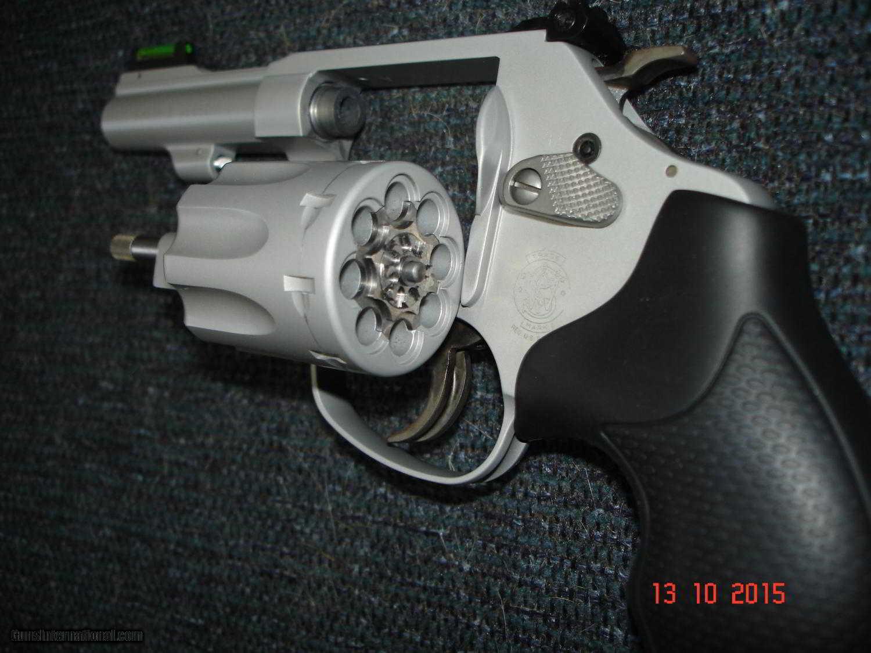 S&W Model 317-3 AirLite Target kit Gun .22LR. 3\
