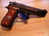 Beretta Model 92F FBI National Academy Spec, Edition 9m/m New in Oak Presentation case