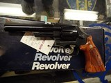 """SMITH & WESSON 25-5 .45 COLT 6"""" BARREL VERY GOOD- EXCELLENT CONDITION, WITH ORIGINAL BOX - 4 of 15"""
