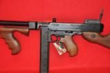 Thompson 1927 A-1 carbine - 6 of 12