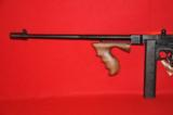 Thompson 1927 A-1 carbine - 8 of 12