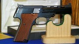 """High Standard Victor Military Auto Target Pistol .22 Long Rifle. 4 1/2""""inch, Steel Vent Rib - 6 of 16"""