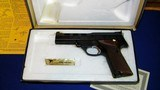 """High Standard Victor Military Auto Target Pistol .22 Long Rifle. 4 1/2""""inch, Steel Vent Rib - 3 of 16"""