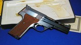 """High Standard Victor Military Auto Target Pistol .22 Long Rifle. 4 1/2""""inch, Steel Vent Rib - 4 of 16"""
