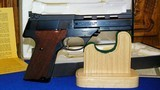 """High Standard Victor Military Auto Target Pistol .22 Long Rifle. 4 1/2""""inch, Steel Vent Rib - 5 of 16"""