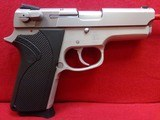 """Smith and Wesson Model 3913 9mm semi auto pistol 3.5"""" barrel stainless slide , alloy frame 8 round magazine"""
