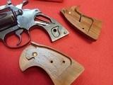 """Colt Diamondback .22LR 6"""" Barrel Revolver Blued Finish 1981mfg - 23 of 23"""