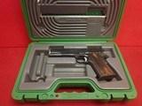 "Remington 1911 R1 .45ACP 5"" Barrel Semi Automatic Pistol Blued Finish w/Factory Case - 19 of 21"