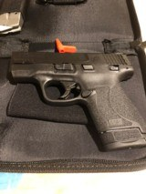SMITH AND WESSON M&P 9MM SHILED 2.0