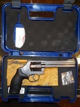 S&W 686-6 (SEVEN SHOT)