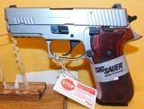 SIG SAUER P220R3 - 3 of 4