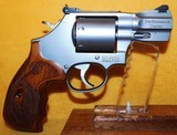 S&W 686-6 (7-SHOT) - 3 of 4