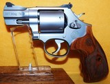 S&W 686-6 (7-SHOT) - 2 of 4