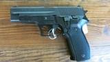 SIG P226 - 9 of 14