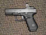 GLOCK GEN 4 MODEL 19 MOS 9 MM PISTOL WITH LEUPOLD DELTA POINT PRO SIGHT