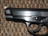 BROWNING BDA .380 ACP 13-SHOT PISTOL - 2 of 4