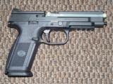 FN FNS-9L LONG-SLIDE 9 MM PISTOL - 4 of 5