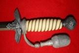 2nd Luftwaffe Dagger w/ Portepee & Hangers - 5 of 19