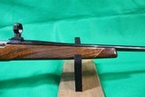 Weatherby Mark V .300 Weatherby Mag - 4 of 12