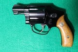 Smith & Wesson Model 42 No Dash Centennial Airweight .38SPL New In Box - 1 of 7