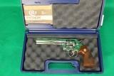 """Colt Python 357 Magnum Nickel Plated 6"""" W/ Case"""