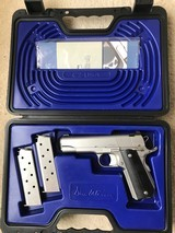 Dan Wesson Valor Commander V-Bob 45ACP