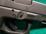 Glock - MODEL 30S. BLACK. 3.75 INCH BARREL. W-FACTORY CASE AND ONE 10 ROUND MAGAZINE. NEARLY NEW! - 45 ACP - 8 of 18